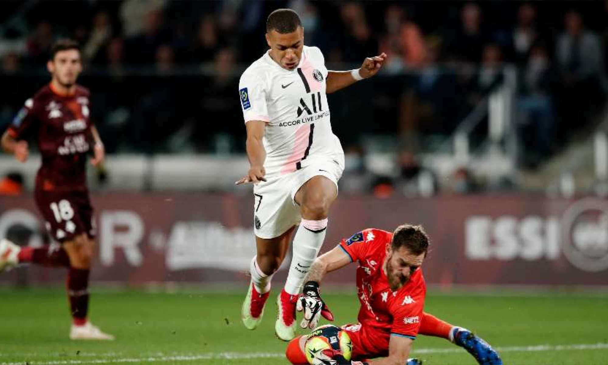 oukidja mbappe colere contact