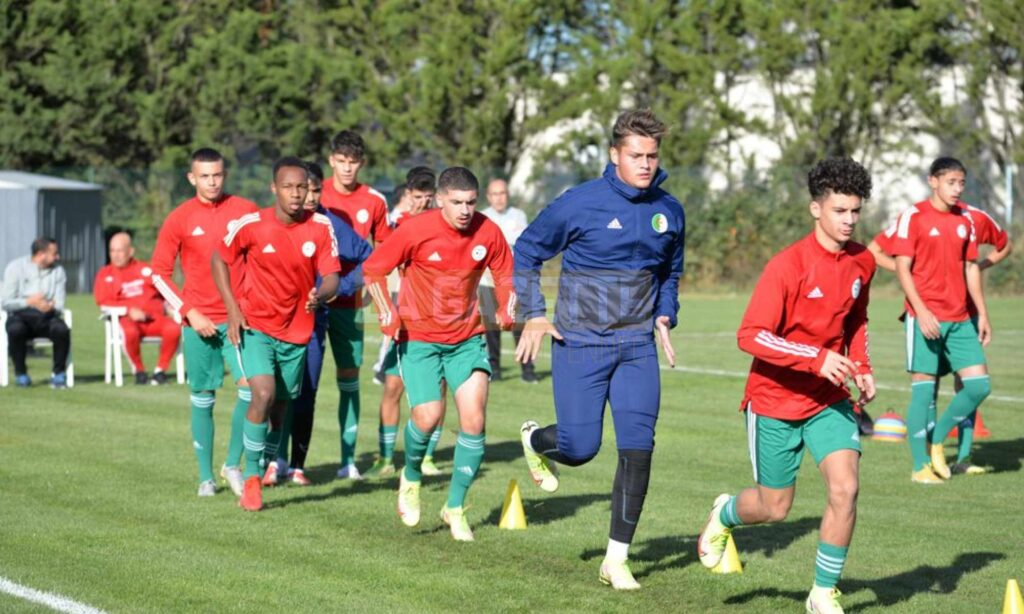 lagha gardien entrainement U18 octobre 2021 france lisse